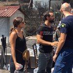 Ο Σάκης Τανιμανίδης και η Χριστίνα Μπόμπα δίπλα στους πληγέντες της πυρκαγιάς: Δείτε φωτογραφίες