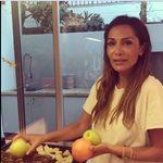 Η Δέσποινα Βανδή μπήκε στην κουζίνα του σπιτιού της με όρεξη για… παιχνίδι!