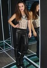 Η Ζένια Μπονάτσου ανεβαίνει για πρώτη φορα στο θεατρικό σανίδι με διπλό ρόλο!