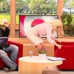 Γιώργος Χρυσοστόμου: Τρελάθηκε με τα οπίσθια της Ελένης Μενεγάκη - Η απίστευτη αντίδρασή του on camera