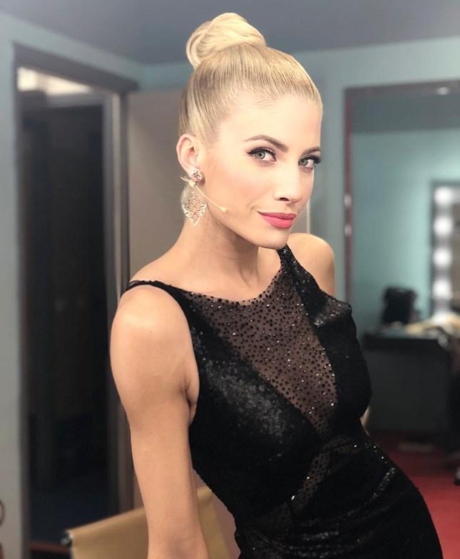 Ευαγγελία Αραβανή: Δείτε την αλλαγή που έκανε στα μαλλιά της, λίγες μέρες πριν την επιστροφή της στην τηλεόραση