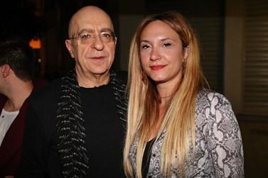 Πάνος Κοκκινόπουλος: Έκανε την πρώτη του δημόσια εμφάνιση με την κατά 34 χρόνια νεότερη αγαπημένη του