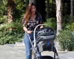 Φλορίντα Πετρουτσέλι: Πρωινή βόλτα με την κορούλα της