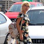 Paparazzi! Η πρωινή βόλτα της Ελένης Μενεγάκη στα Μελίσσια λίγο πριν την πρεμιέρα της!
