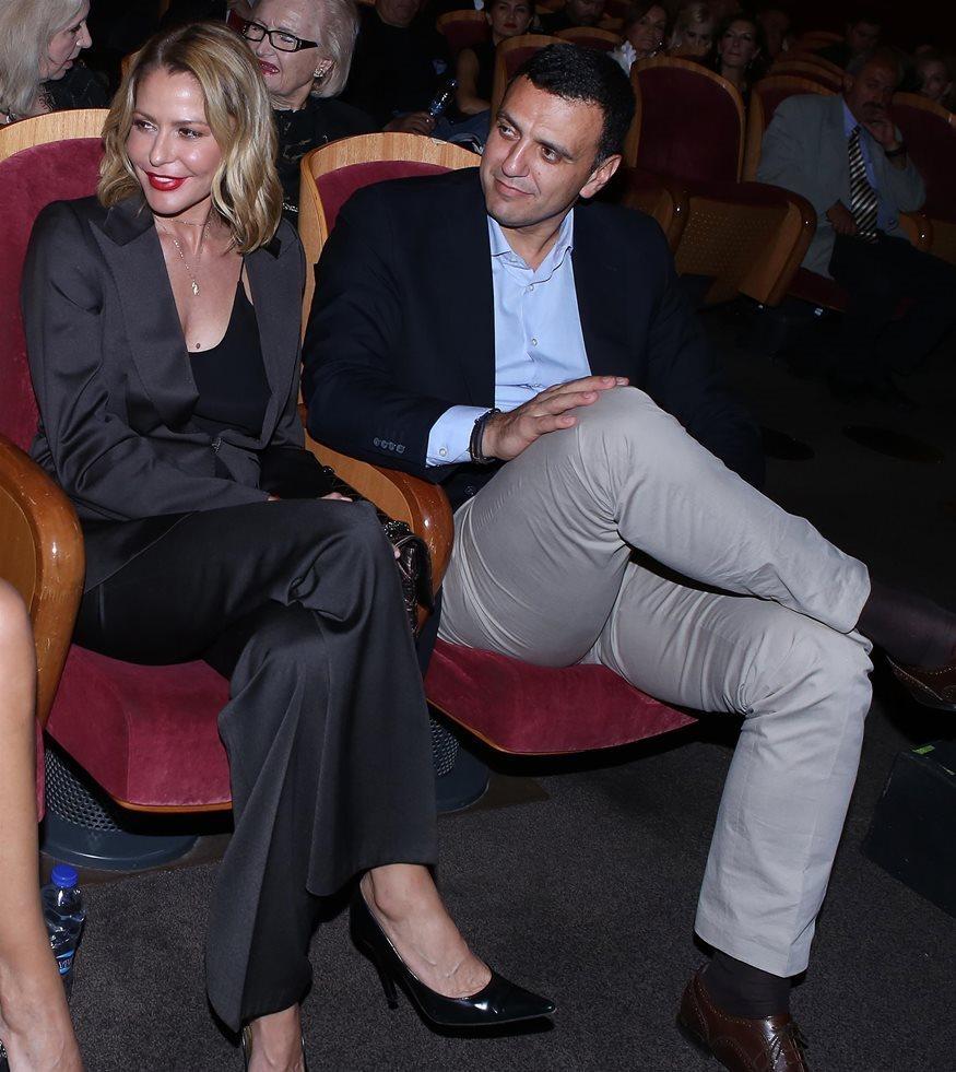 Τζένη Μπαλατσινού: Το σχόλιο στην ανάρτηση του Βασίλη Κικίλια με το γαμπριάτικο κοστούμι
