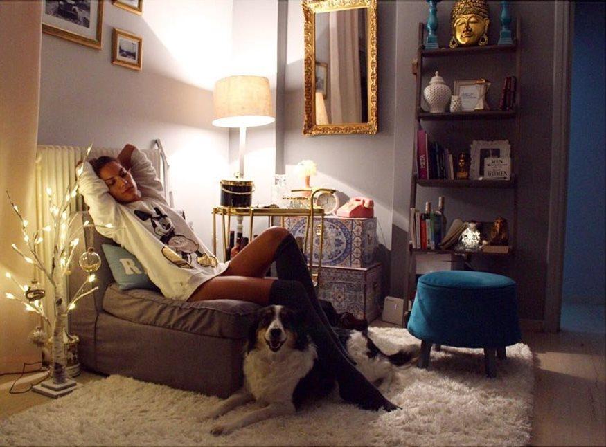 Μαντώ Γαστεράτου: Δείτε για πρώτη φορά, το σαλόνι του νέου της σπιτιού!