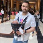 Γιώργος Γιαννιάς: Μας δείχνει το σημάδι που του έκανε στο χέρι ο ενάμιση ετών γιος του Στέφανος