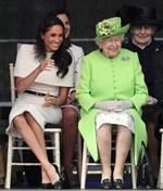 Η πρώτη επίσημη κοινή εμφάνιση της Μέγκαν Μαρκλ και της βασίλισσας Ελισάβετ - Φωτογραφίες