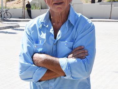"""Γνωστός Έλληνας παραδέχεται: """"Δυστυχώς, δεν μπόρεσα να κρατήσω την οικογένειά μου ενωμένη"""""""