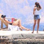 Η Ελένη Μενεγάκη ποζάρει στον φακό της μεγαλύτερης κόρης της, Λάουρας - Φωτογραφίες