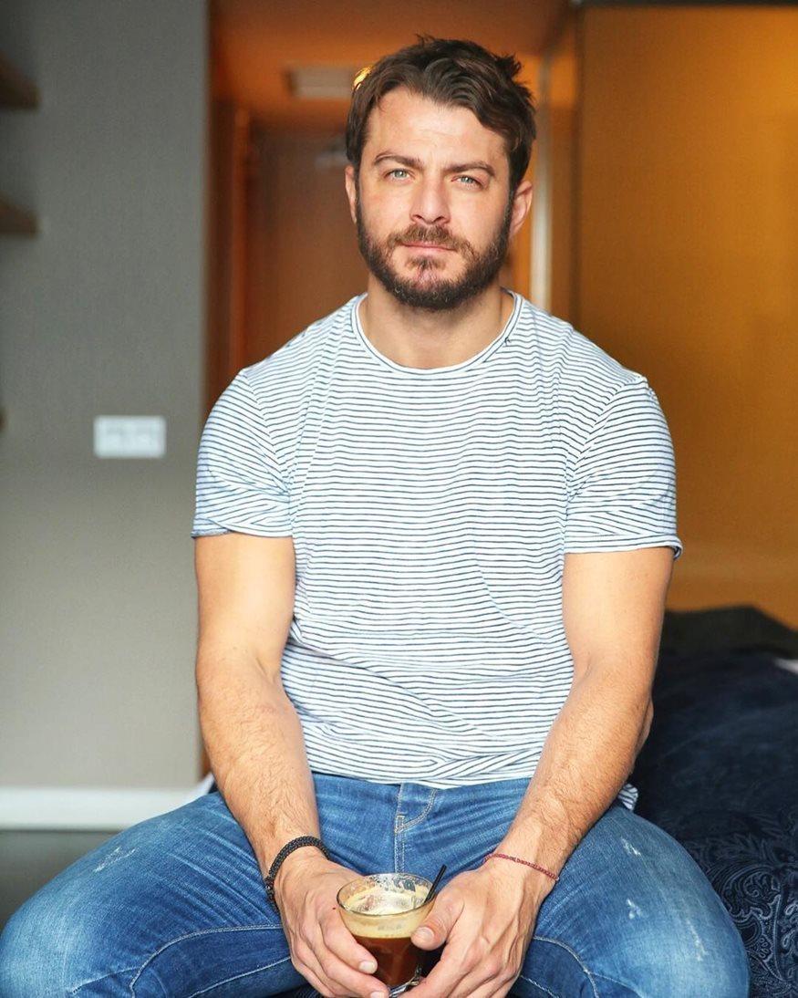 """Γιώργος Αγγελόπουλος: Οι πρώτες φωτογραφίες από την ταινία """"Χαλβάη 5-0"""