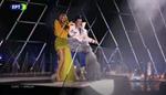Eurovision 2019: Η Τάμτα και η Κατερίνα Ντούσκα στην έναρξη του Τελικού