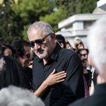 Νίκος Πορτοκάλογλου: Απαρηγόρητος στην κηδεία του Λαυρέντη Μαχαιρίτσα