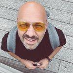 Νίκος Μουτσινάς: Δείτε την εντυπωσιακή αλλαγή που έκανε στην εξωτερική του εμφάνιση