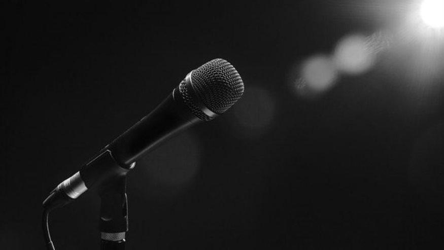 Πέθανε στα 63 του από ανακοπή καρδιάς γνωστός τραγουδιστής