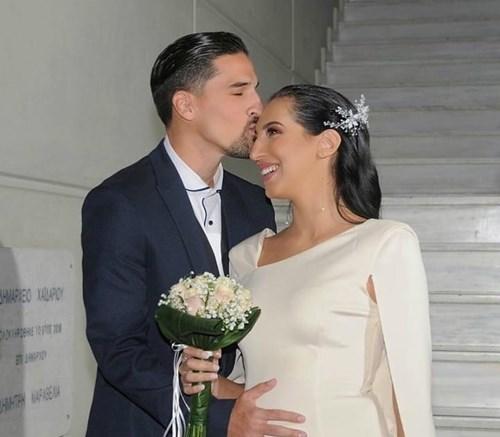 <span class=categorySpan colorPink>Weddings/</span>Σοφία Λεοντίτση – Μιχάλης Κατσίκιας: Δείτε το φωτογραφικό άλμπουμ του γάμου τους
