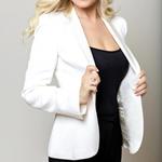 """Ελληνίδα παρουσιάστρια συγκλονίζει: """"Η πρώτη μου εγκυμοσύνη με έφερε στην εντατική"""""""