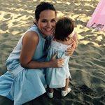 Ελιάνα Χρυσικοπούλου: Μας δείχνει τι κάνει η μικρότερη κόρη της όταν την θηλάζει!
