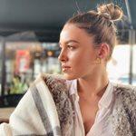 Εβελίνα Σκίτσκο: Ποζάρει με την κόρη της φορώντας το ίδιο μαγιό