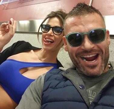 Διονύσης Αλέρτας: Έκανε πρόταση γάμου στη σύντροφο του Εβίτα Μπέκα!