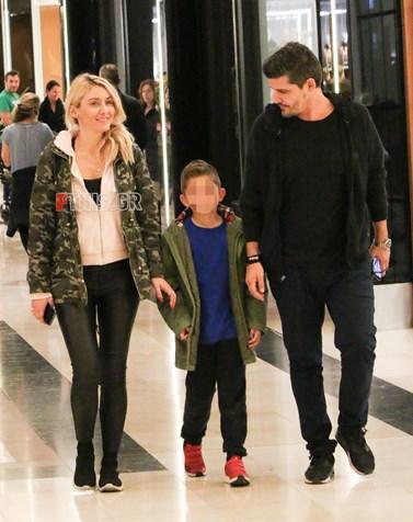 Paparazzi! Μαρία Φραγκάκη - Νίκος Μάρκογλου: Βόλτα με τον μονάκριβο γιο τους!