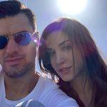 Κατερίνα Γερονικολού – Γιάννης Τσιμιτσέλης: Ποζάρουν αγκαλιασμένοι και πιο ερωτευμένοι από ποτέ