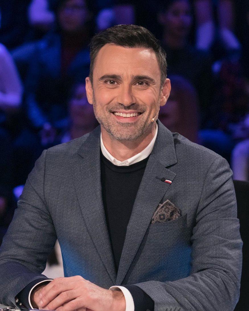 Γιώργος Καπουτζίδης: Ποζάρει με την αδερφή του, Κική!