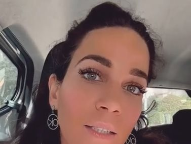 Paparazzi! Κατερίνα Καινούργιου: Χαλαρή έξοδος για ψώνια