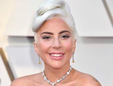 H Lady Gaga μετά από 3 μήνες σχέσης δηλώνει και πάλι single