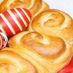 Πασχαλινές συνταγές από την Αργυρώ Μπαρμπαρίγου