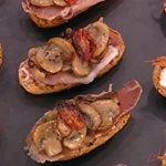 Λαχταριστά και πικάντικα τάπας με σανγκρία από την Αργυρώ Μπαρμπαρίγου
