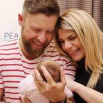 Γιάννης Βαρδής: Η φωτογραφία με τη σύζυγό του που δημοσίευσε μετά την γέννηση της κόρης τους