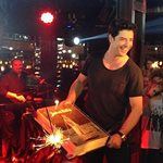 Το πάρτυ του Σάκη Ρουβά για τα γενέθλιά του. Ποιοι celebrities βρέθηκαν εκεί; (Φωτογραφίες)