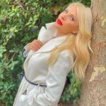 Backstage Beauty: Δες την Ελένη Μενεγάκη να ετοιμάζεται στο boudoir της…