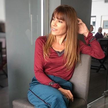 Μυρτώ Αλικάκη: Ξεκίνησε την εβδομάδα της ετοιμάζοντας την αγαπημένη της σαλάτα