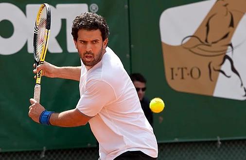 Ο μοναδικός Έλληνας που έχει κερδίσει τον Roger Federer απαντά… Γιατί να επιλέξω Τένις για το παιδί μου;