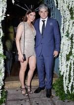 Ο Θέμης Σοφός μιλά on camera για τον γάμο του με την Σταματίνα Τσιμτσιλή: Αισθάνομαι τυχερός για τη γυναίκα μου..
