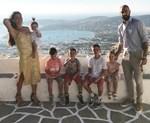 Ολυμπία Χοψονίδου: Βιντεοσκοπεί την ενός έτους κόρη της να κάνει τα πρώτα της βήματα!