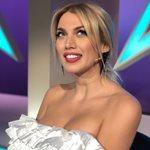 Νέο hair look για την Κωνσταντίνα Σπυροπούλου! Έβαψε ροζ τα μαλλιά της