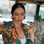 Ζέτα Θεοδωροπούλου: Ποζάρει με την κόρη της και μας δείχνει τη φουσκωμένη της κοιλίτσα