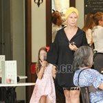 Paparazzi: Δείτε τη Ζήνα Κουτσελίνη σε εμπορικό κέντρο με την κόρη της, Έμμα!